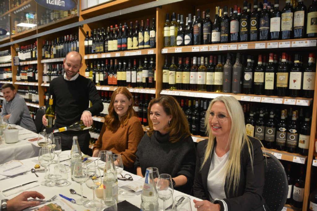 Kunden am Weinabend 2019